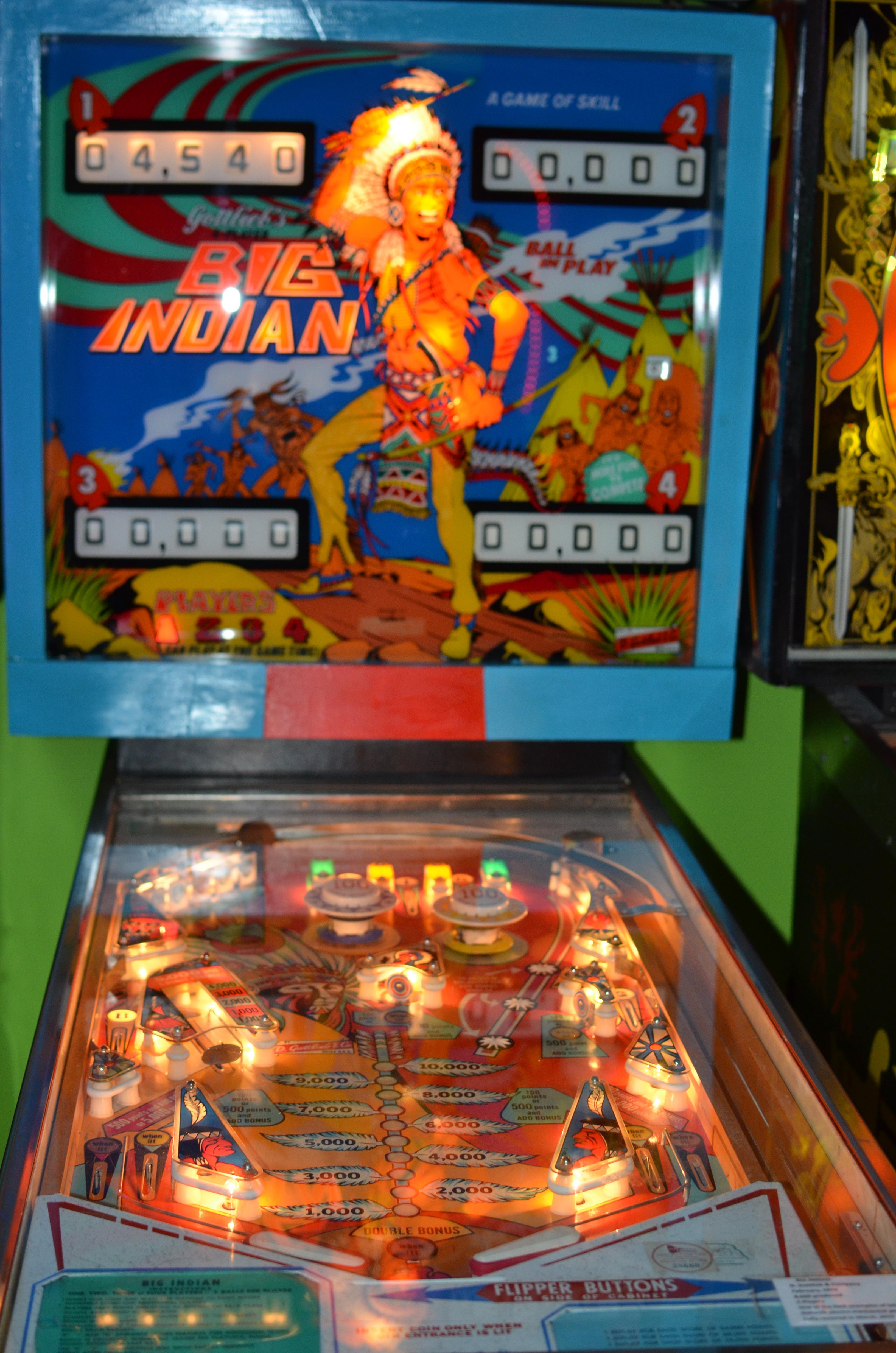 mechanical pinball machine